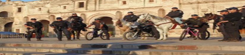 Cambian patrullas por caballos y bicicletas en Yuriria, Guanajuato