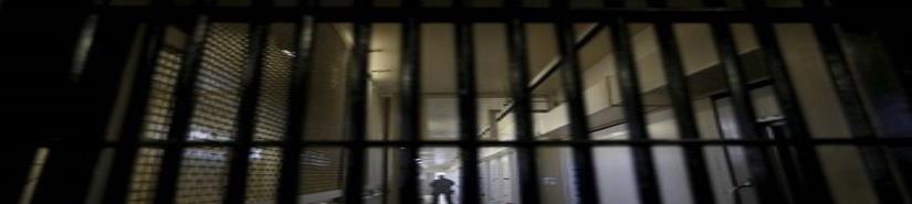 Senadora propone cárcel a quien abandone a hijos