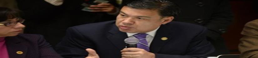 Productiva Participación de Javier Castañeda como  Secretario de la Comisión Permanente