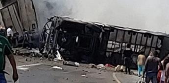 Sube a 20 los muertos por accidente en autopista Veracruz-Puebla