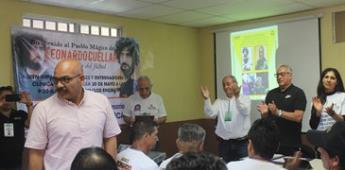 Seleccionador Femenil Mexicano Imparte Clínicas de Futbol