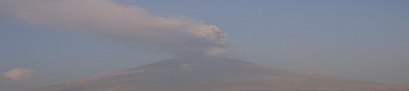 Volcán Popocatépetl registra emisión de vapor, gases y ceniza