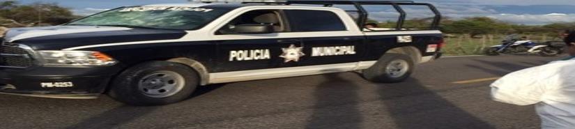 Presuntos polleros retienen y agreden a 3 policías en Chiapas
