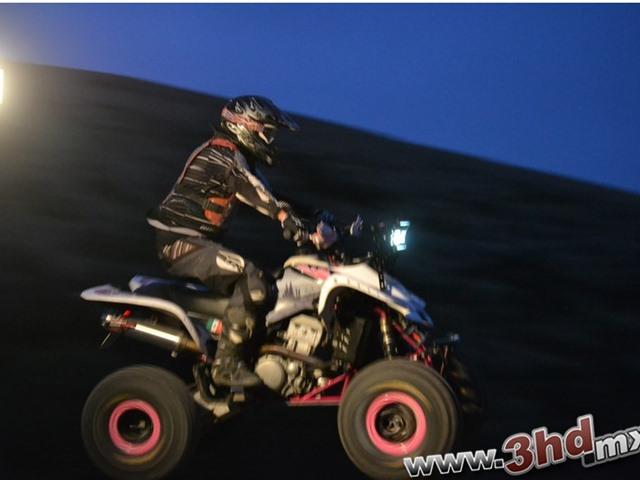 Motocross de noche en Kuervoz
