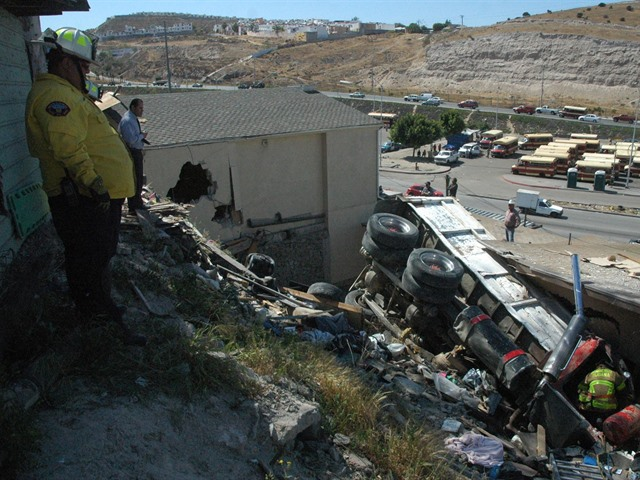 Fatal accidente en la 5 y 10
