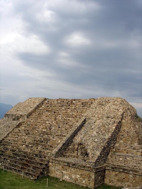 Monte Alban y Mitla Oax.
