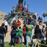 Tijuaneses festejan empate entre México y Brasil