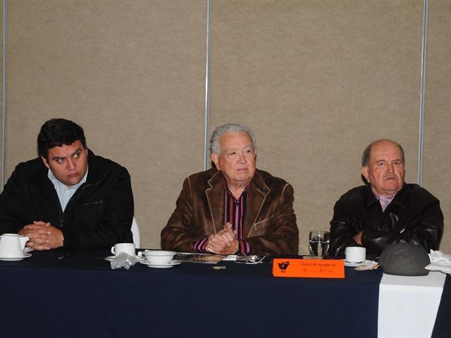 Grupo Madrugadores 02/17/11