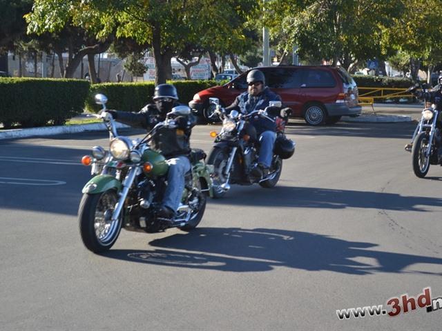 Caravana de Motociclistas y entrega de Juguetes