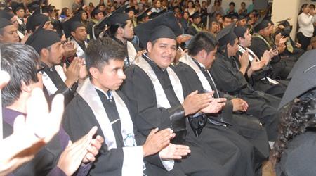 Graduación Ingeniería  Omar Flores UTT