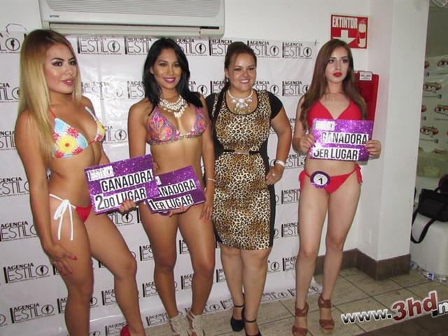 Bikini contest en el baile privado