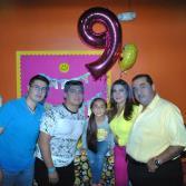 Itza Velazquez celebrando sus 9 años en sky zone