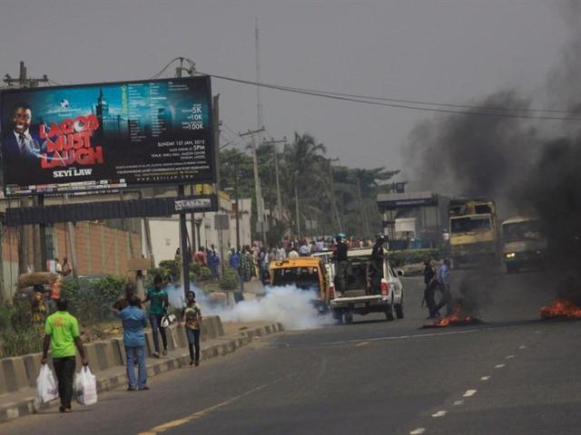 Disturbios por la gasolina, en Nigeria