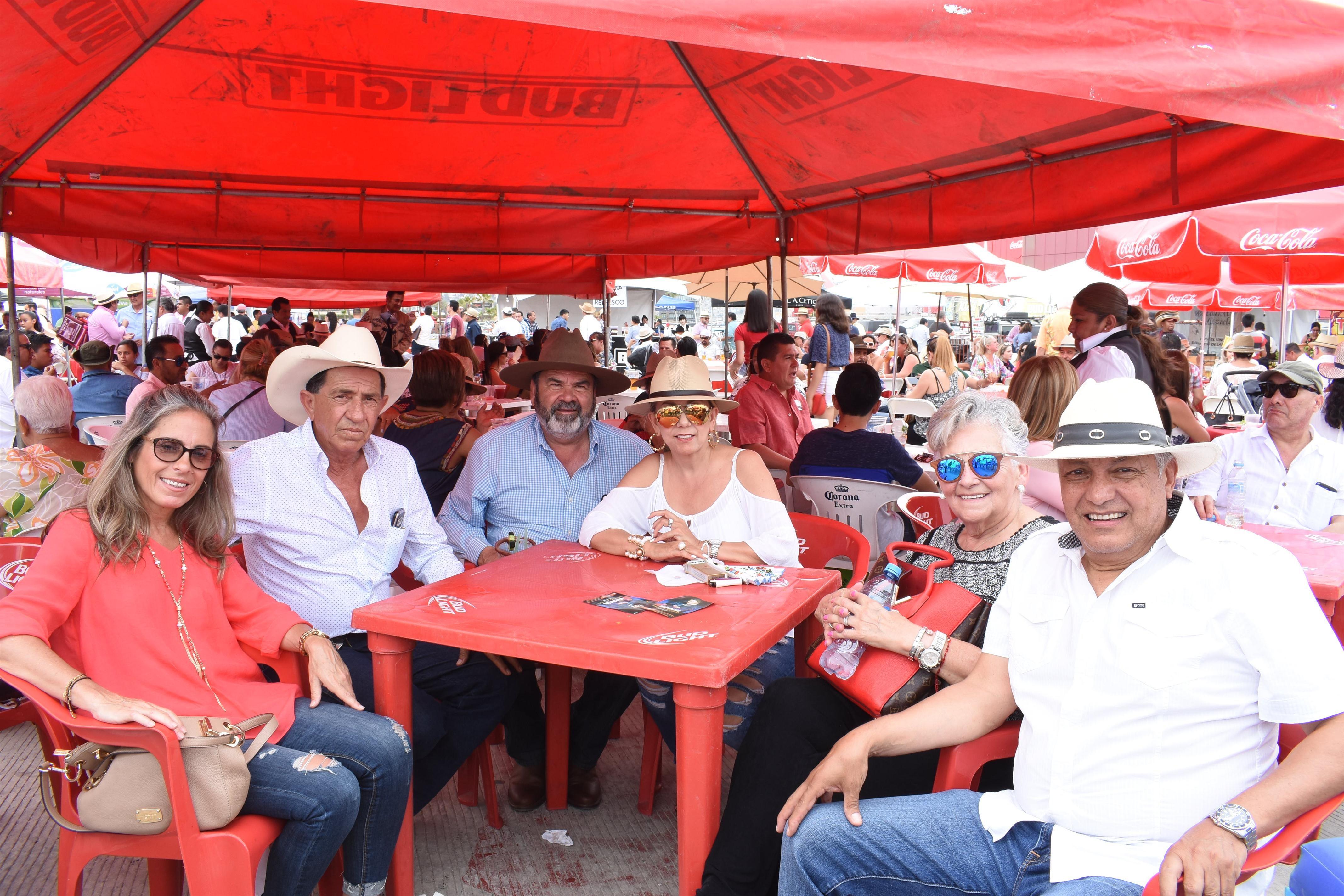 [Festival de la Ensalada Caesar´s