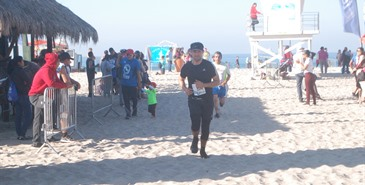 Exitosa carrera 10 kilómetros Pista y Playa Summer Rosarito 2018.