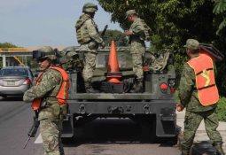 Detienen a presunto huachicolero dentro de Pemex Guaymas