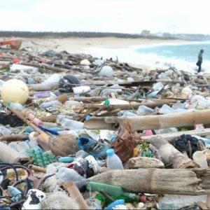 Canadá prohibirá los plásticos de un solo uso para 2021