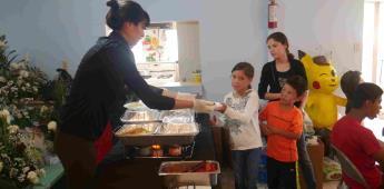Entrega Medtronic donativo a La Casa del Alimento