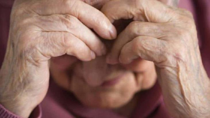 Estudio: el abuso en hogares de ancianos a menudo no es denunciado