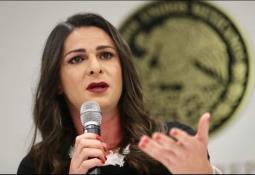 Prohibir y sancionar acoso telefónico, propone abogado