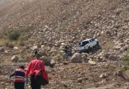 Chocan dos vehículos sobre carretera en la Cárdenas