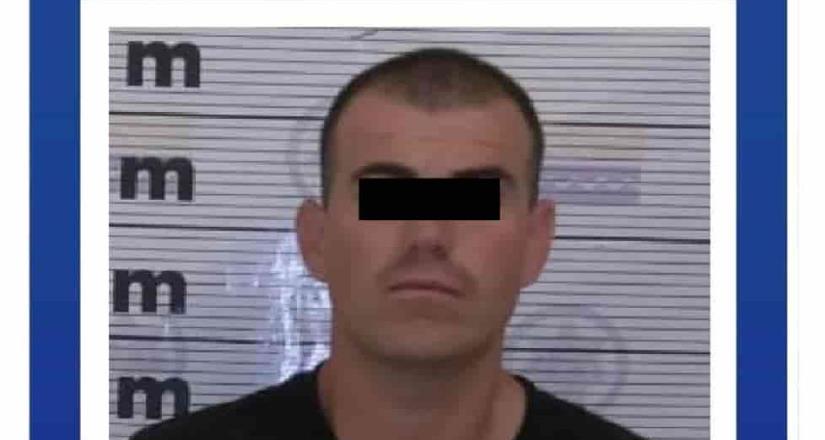 Policía de Playas de Rosarito detienen sujeto que asaltó a taxista