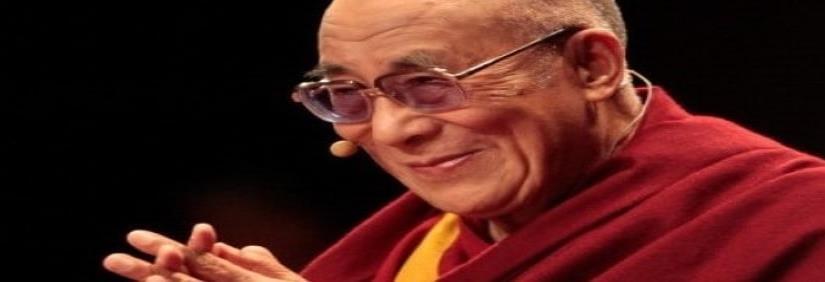 Dalai Lama sí ve una mujer como sucesora... pero que sea atractiva