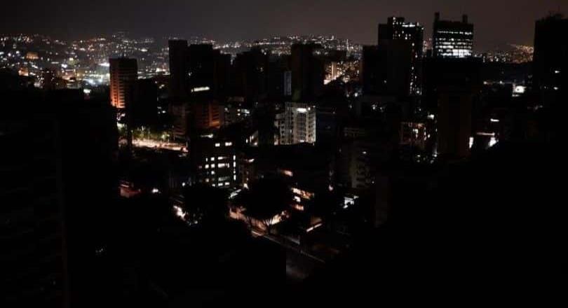 Venezuela sufre apagón este lunes