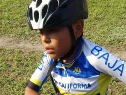 Logra niño medalla de oro en competencia nacional