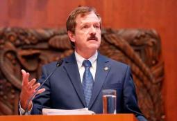 Diputados propondrán contenidos que hagan contrapeso a narcoseries