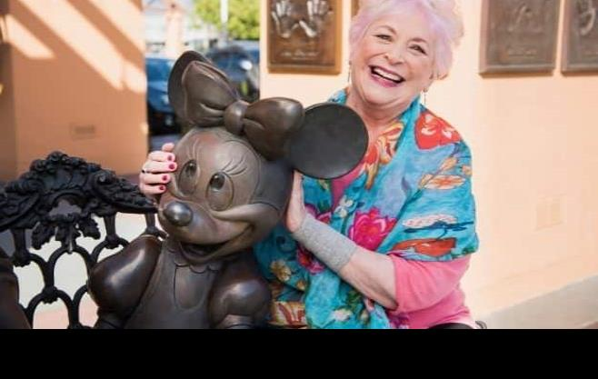 Falleció Russi Taylor, quien diera voz a Minnie Mouse