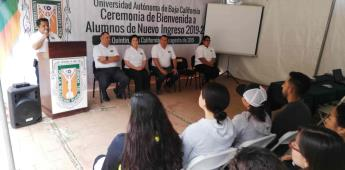 Dan la bienvenida a los nuevos estudiantes de la UABC