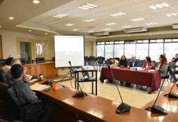 Entregó Novelo apoyos sociales a familias en situación vulnerable