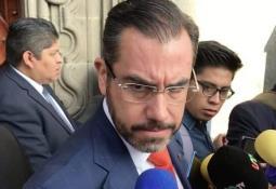 Robles tiene los medios y contactos para darse a la fuga, dice juez