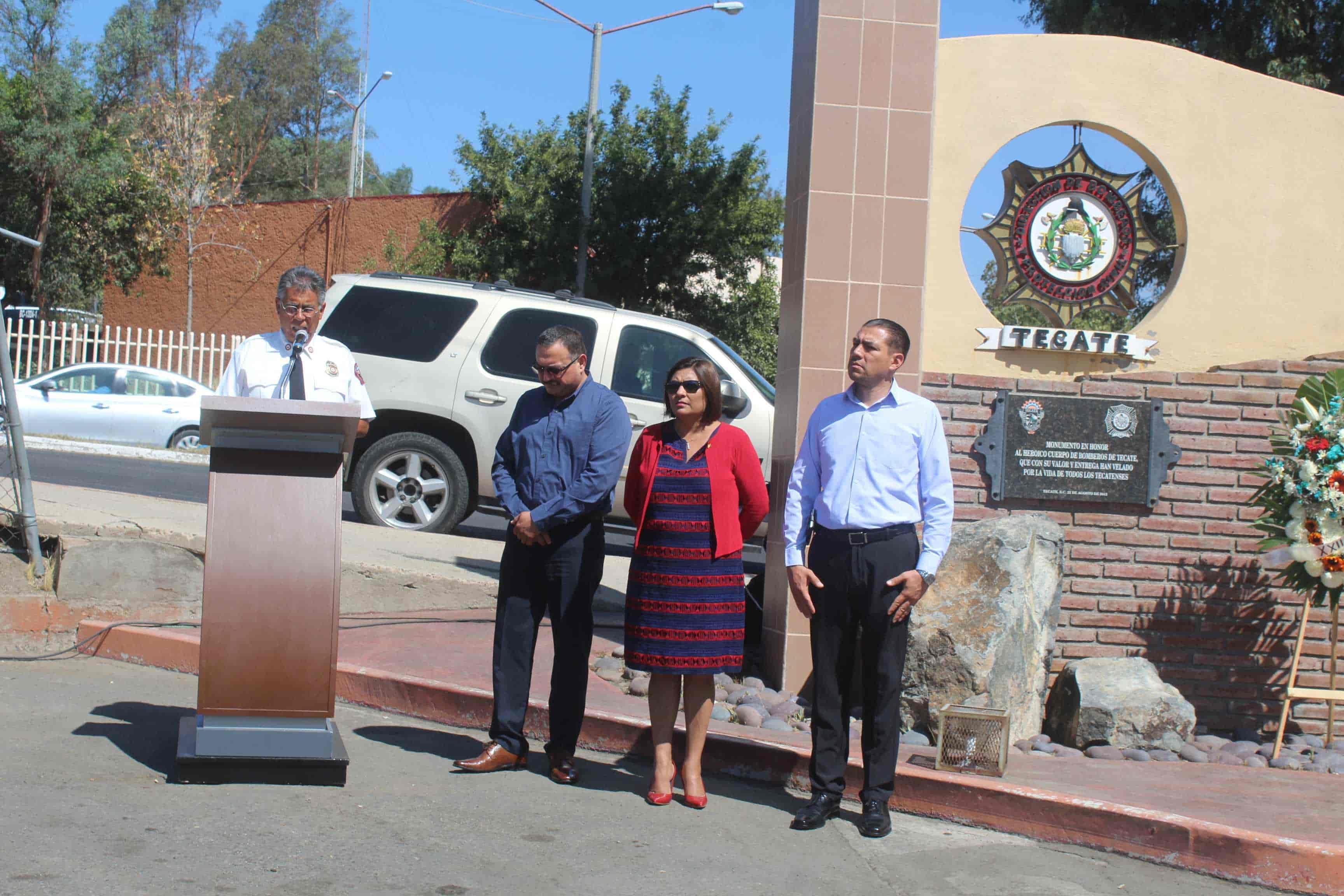 Alcaldesa Nereida Fuentes preside Ceremonia del Día del Bombero