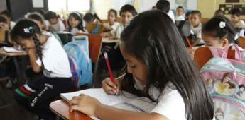 Niños estudiarán con planes de 3 gobiernos