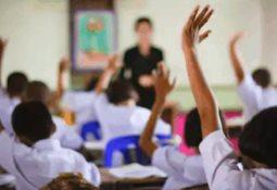 Este lunes alumnos de educación básica comenzarán el ciclo escolar