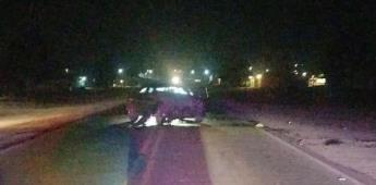 Dos vehículos chocan en el ejido Zapata