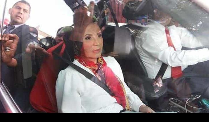 Hackean teléfono de Rosario Robles
