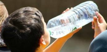 Ingerir dos litros de agua al día y no contener las ganas de orinar; prevención de infección