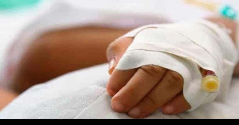 Bebé cae por accidente de cunero y se fractura el cráneo
