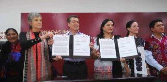 Firman convenio para impulsar cine indígena y de afrodescendientes
