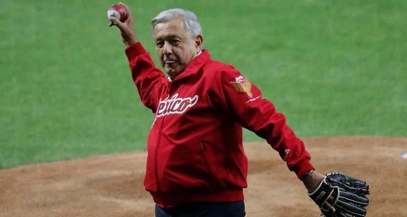 Por no irle a los Yankees, me han dejado de hablar: AMLO