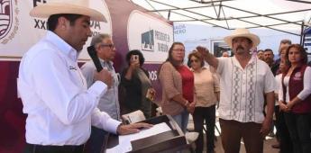 Toma protesta Armando Ayala a delegados de Maneadero y Santo