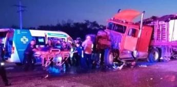 Accidente deja seis muertos en Yucatán