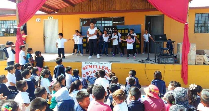 Muestran su primer función de teatro comunitario