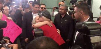 Paris Hilton busca a su fan #LupitaLaCigarrita para invitarla a su fiesta privada en México