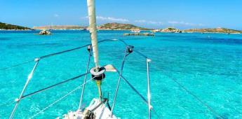 Las sugerencias del Archipiélago de la Maddalena: un recorrido en barco para apreciar el territorio