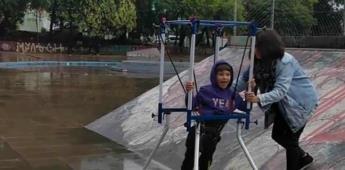 [VIDEO] Niño con parálisis cerebral logra patinar
