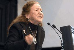 Continuará ampliación de becas escolares, anuncia Rosaura Ruiz